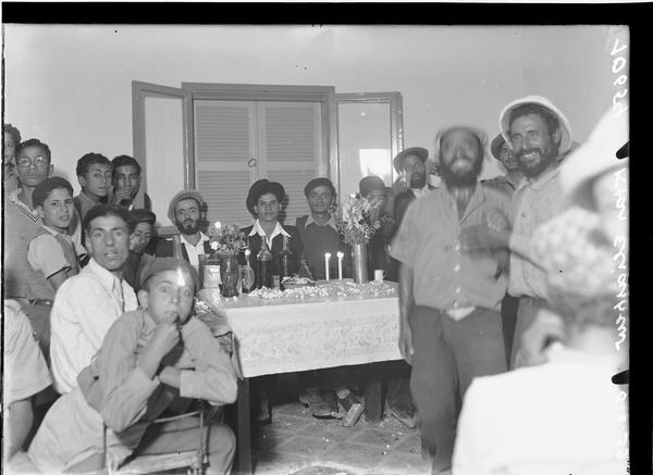 1342405 סעודת מצווה, מושב אלישיב, 1939