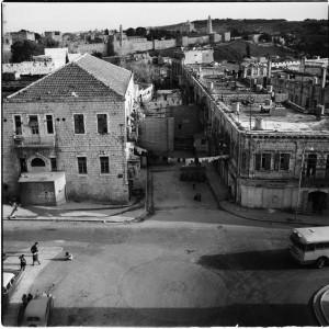 שער יפו מבנין ברקליס בנק העירייה (סדרה), ירושלים, 1965